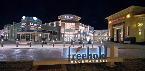 Radisson Hotel Freehold The Mall Features Great Dining And Ping