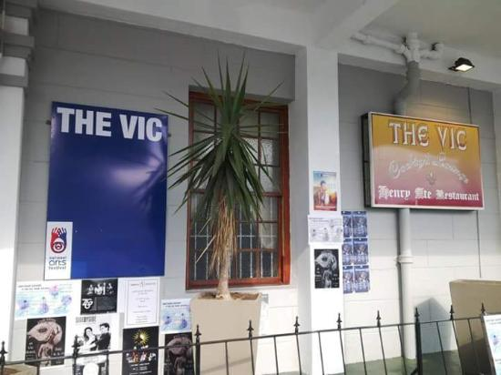 Henry Ate: The Vic