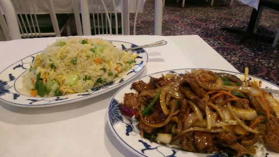 HON Lin Restaurant : Veggie fried rice, Mongolian beef