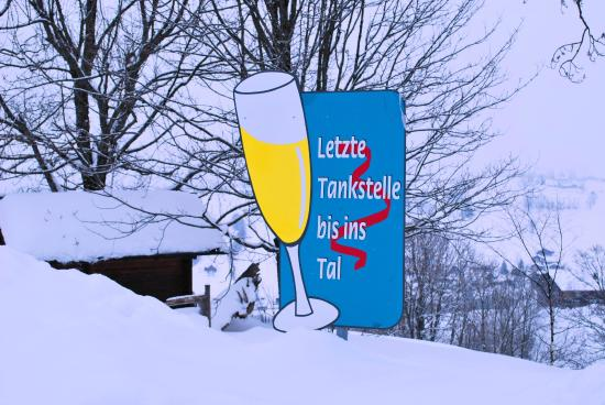 Gade Ldoge: Tankstelle Schwendihotel