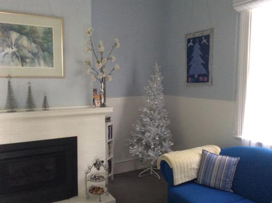 Devonport Bed and Breakfast - Cameo Cottage : Celebrate the festive season