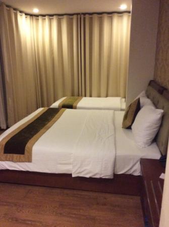 Sunset Westlake Hanoi Hotel: comfy bed