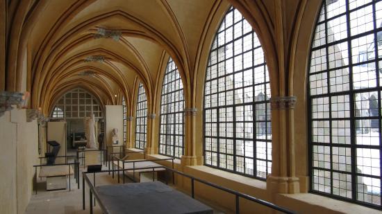 Musée du Cloître Saint-Corneille