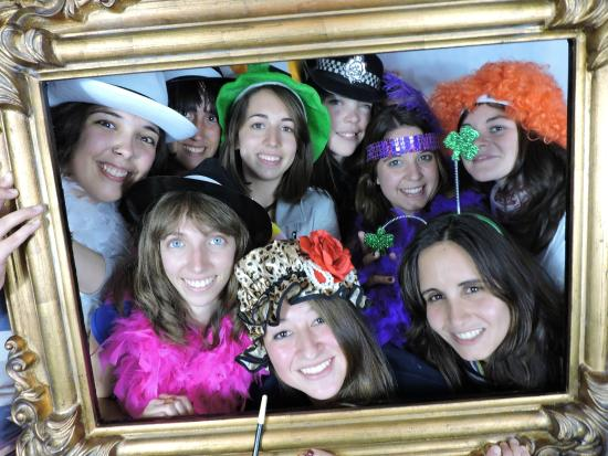 Traditional Irish Experience: photobooth frame