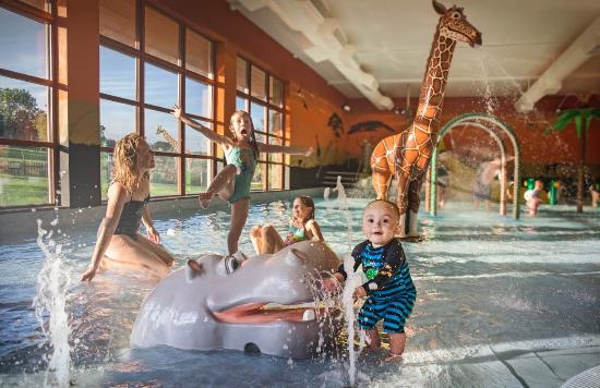 Chessington, UK: Savannah Splash Pool