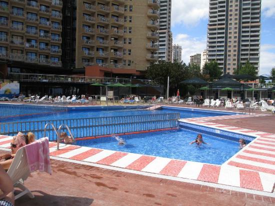 MedPlaya Hotel Rio Park: Pool area