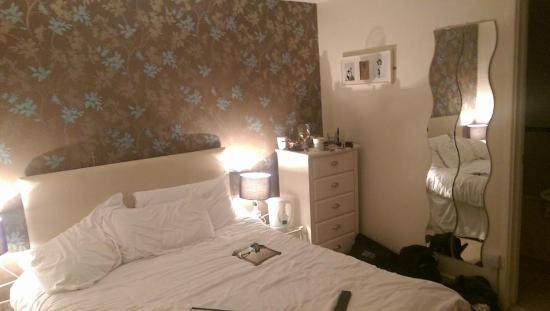 Swan Hotel: Room