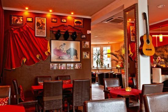 Casa del Toro Restaurant
