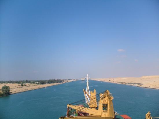 Suez Canal: going ahead