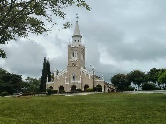 Aregua, Paraguay: Iglesia Virgen de la Candelaria