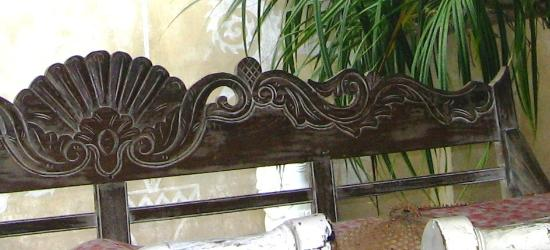 detalles del sillon de madera lavrado