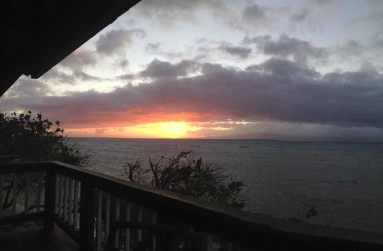 Kaunakakai, Havai: Sunrise on the lanai