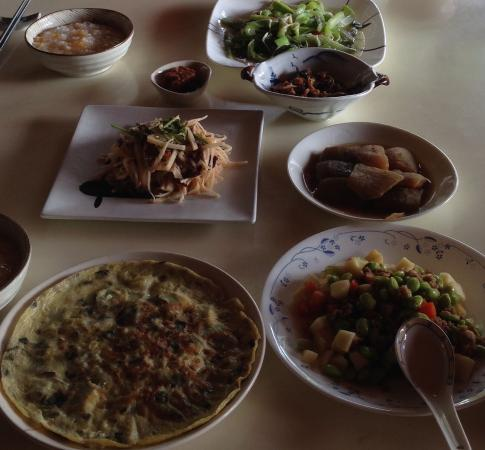 Nantou Puli Pines Garden B&B: Vegetarian breakfast