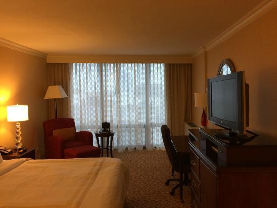 Chicago Marriott Oak Brook: Bedroom
