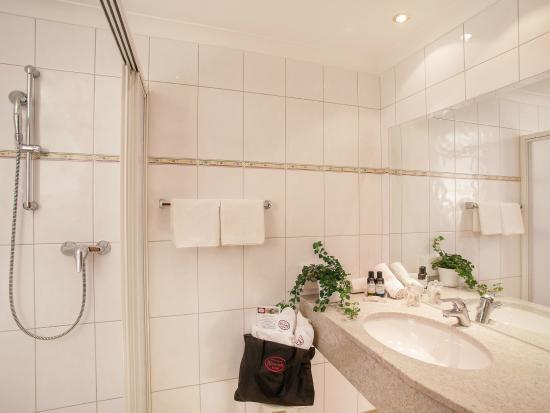 Kinderhotel Buchau: Badezimmer