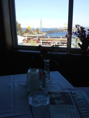Tuckahoe Inn : Winter view