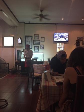 Pizzeria Hut 1: Télé surveillance dans les cuisines