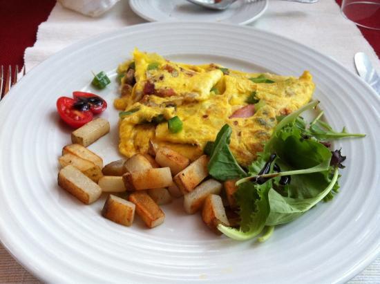 Au Clos Rolland, Couette & Cafe: plat principal d'un de nos déjeuners