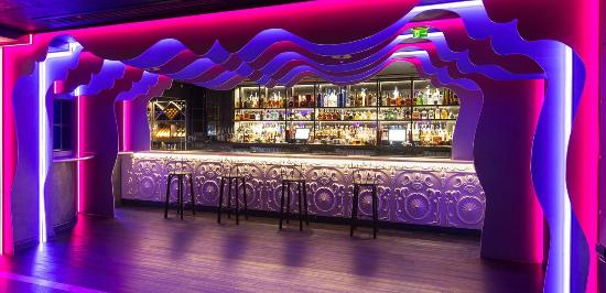 140 park lane restaurant bar: