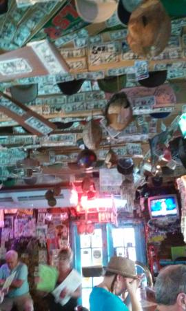 Coconuts Bar&Grill