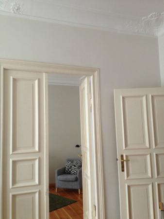 Pomaranczarnia  Hostel Apartamenty: porte antiche