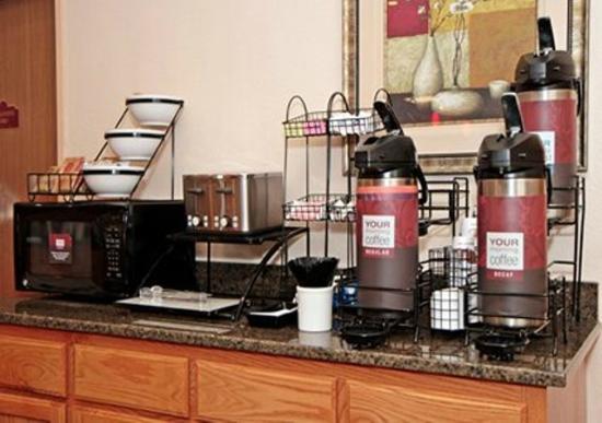 Comfort Inn Kansas City: Free Hot Breakfast