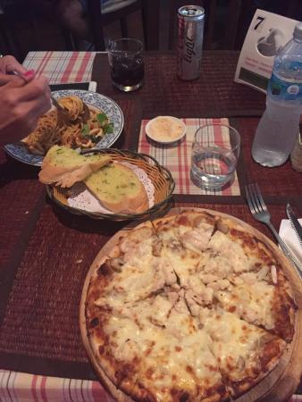 Pizzeria Hut 1: Pizza