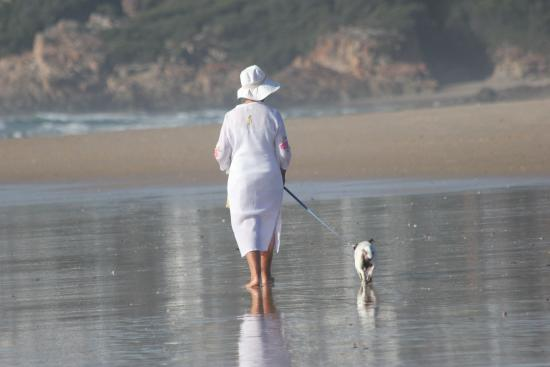 The Plettenberg Hotel: Local lady walking her dog Domino (aged 17)