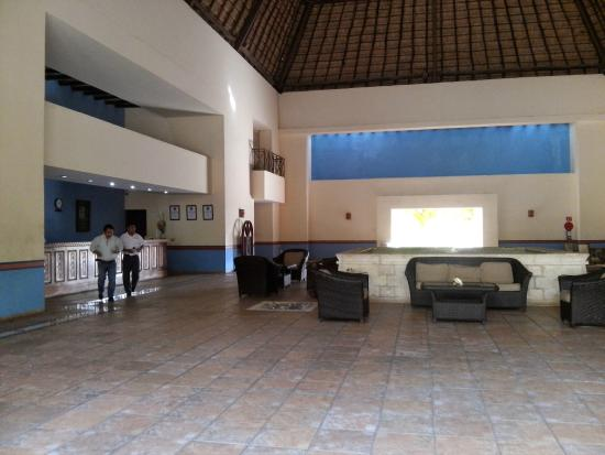 Hotel Reef Yucatán - All Inclusive & Convention Center: Lobby