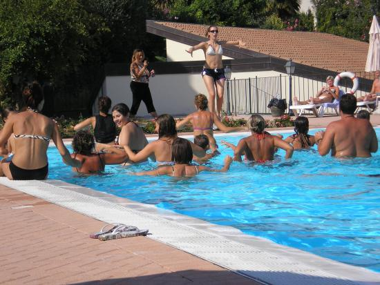 Aquagym - Picture of Le Terrazze sul Lago Residence & Hotel ...