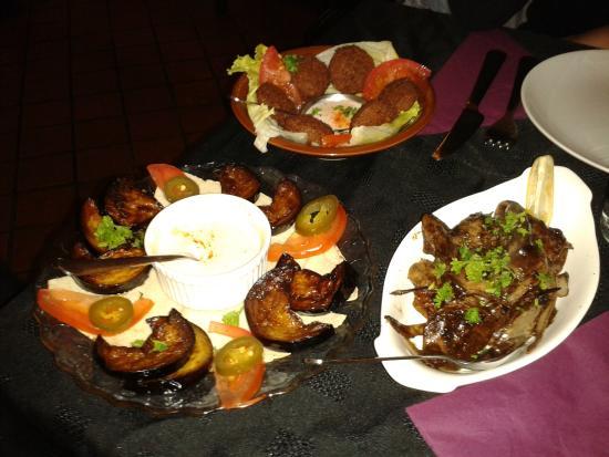 Cedar A taste of Lebanon: Falafels, aubergines grilées, foies de volailles