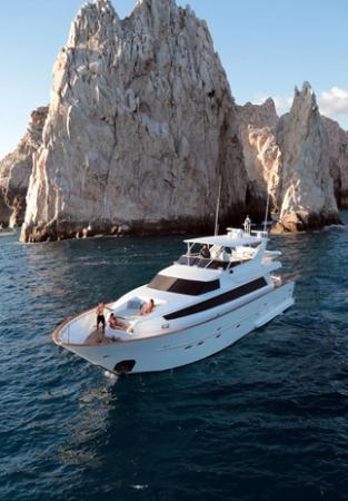 Pisces Yachts
