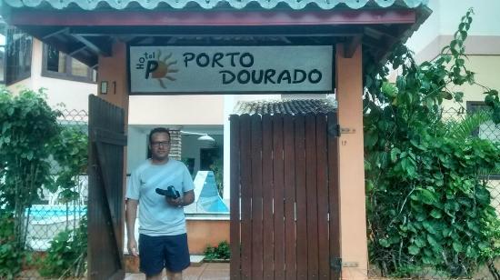 Hotel Porto Dourado: Entrada do hotel.