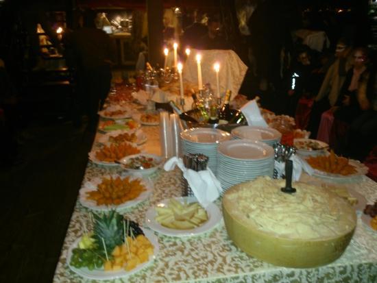 Venetian Galleon: the buffet