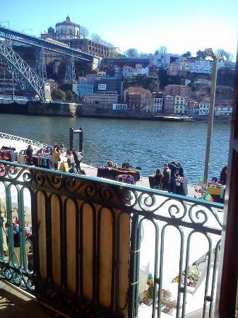 Filha da Mae Preta: Vista desde el balcón del piso supeiror
