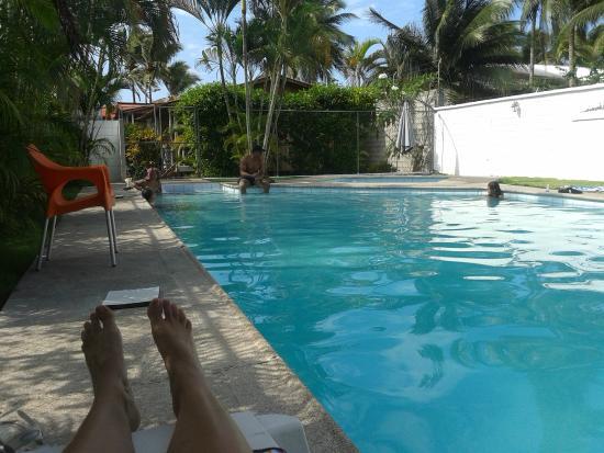 Cabanas Isla del Sol : Piscina limpia y bien cuidada