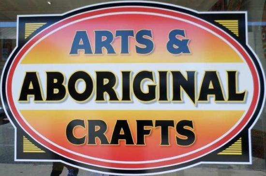 ‪Aboriginal Arts & Crafts‬