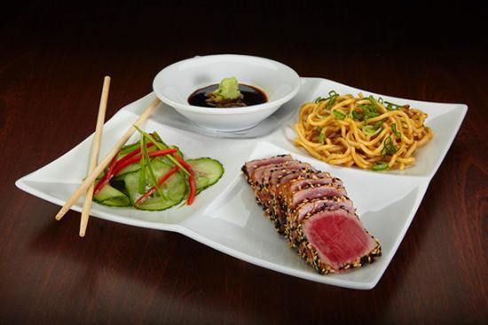 Duffy's Sports Grill: Sesame Tuna