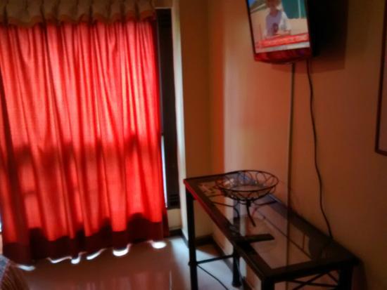Home Suites Apart: habitacion