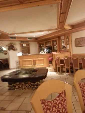 Hotel Aurora: Sala Bar