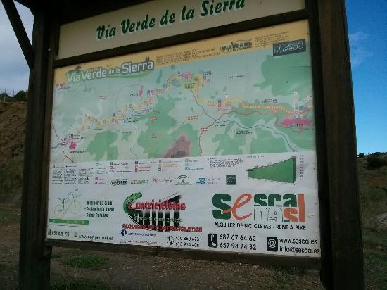 Hotel Sierra y Cal: Nearby via verde