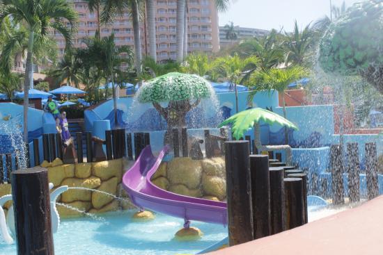 Azul Ixtapa Beach Resort & Convention Center: area infantil