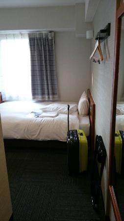 ベッドは広い