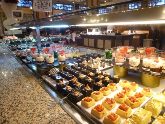 desserts au buffet picture of hotel riu santa fe cabo san lucas rh tripadvisor co uk  riu santa fe buffet hours