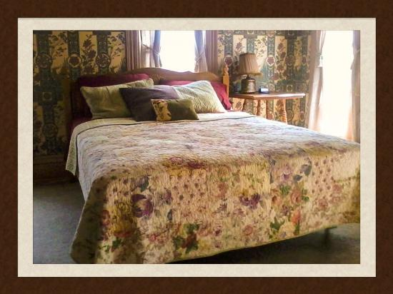 Simple Pleasures Bed And Breakfast Tuscola Il