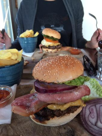Rivington Bar & Grill - Greenwich: Lux burger!