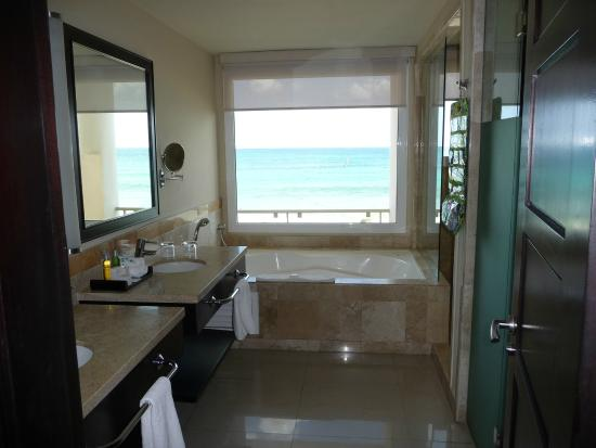 Cancun Ocean Front Hotel Rooms