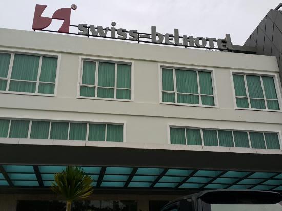 Swiss-Belhotel Kendari: Tanpak depan