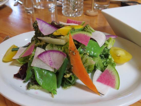 Market Fresh Bistro: market fresh salad