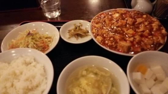 Pekinshosaishuka Shinetsuen: 麻婆豆腐ランチ♪